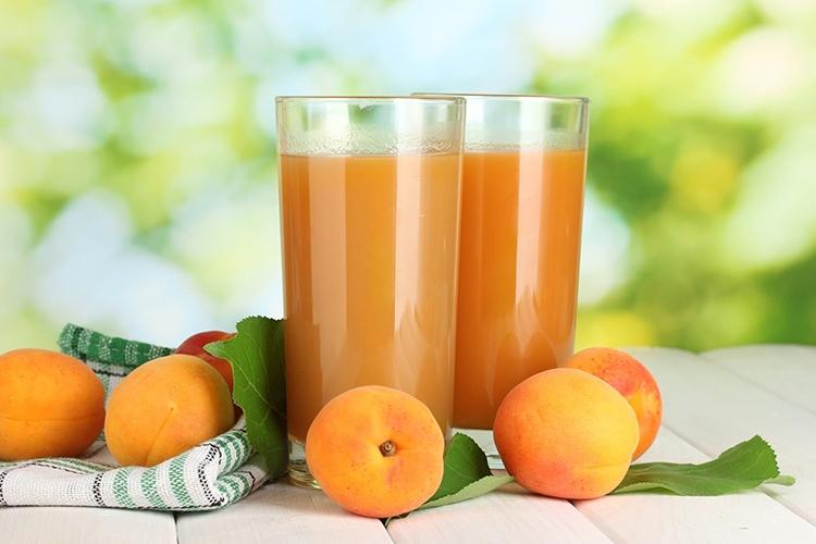 Сок из абрикоса Царского