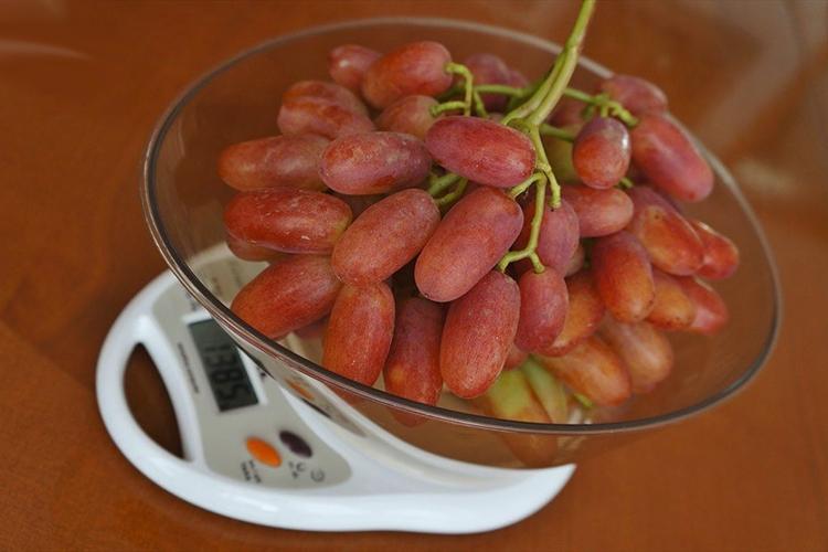 Виноград Юбилей Новочеркасска - вес грозди
