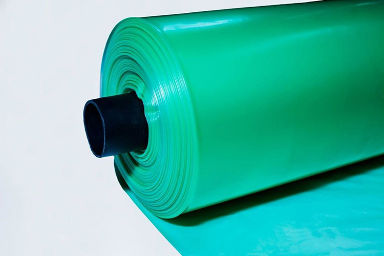 зеленого цвета пленка