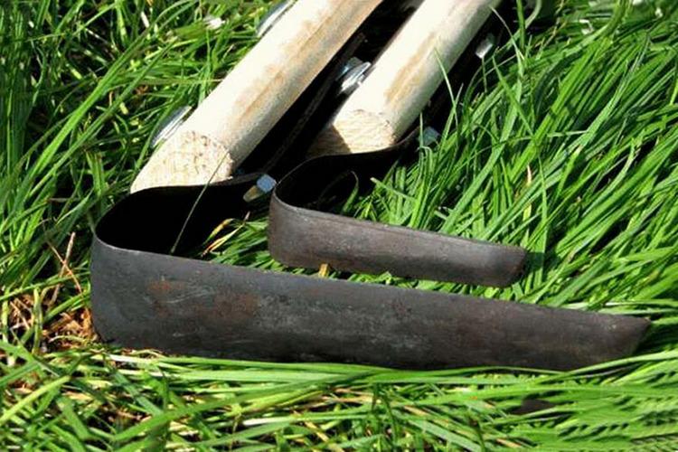оригинальные плоскорезы фокина на траве